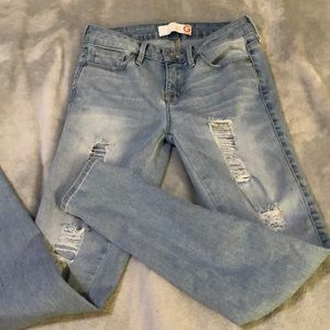 #0181 Guess jeans